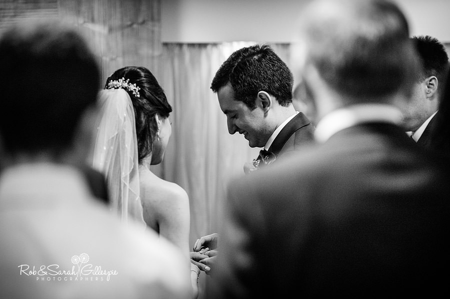west-midlands-wedding-photographs-solihull-025