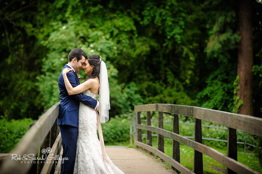 west-midlands-wedding-photographs-solihull-056