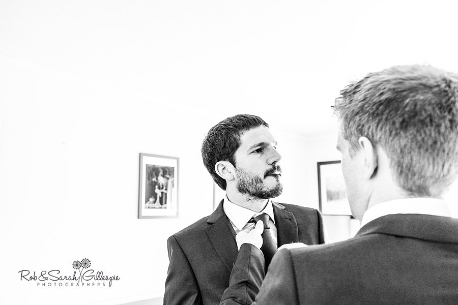 sherbourne-park-warwickshire-wedding-photograph-016
