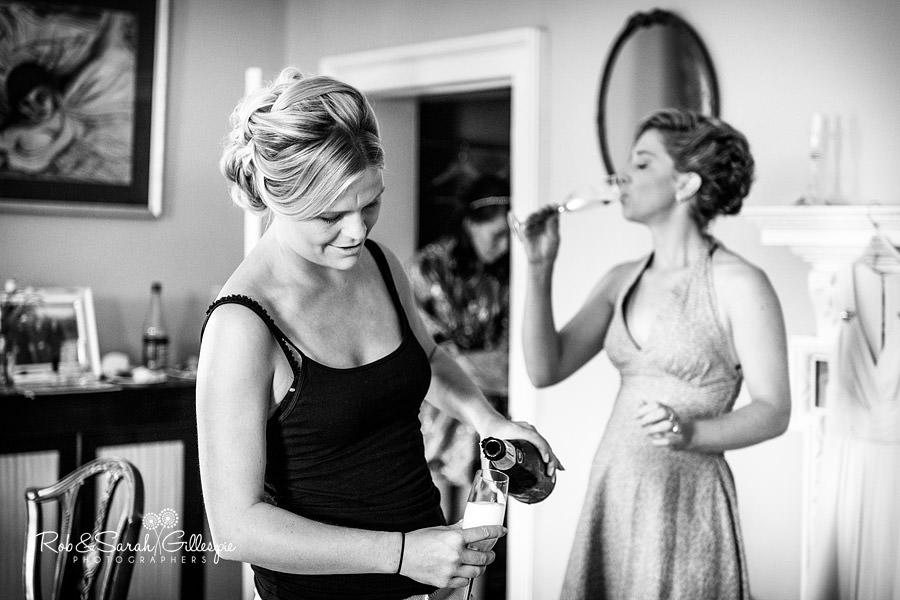sherbourne-park-warwickshire-wedding-photograph-032