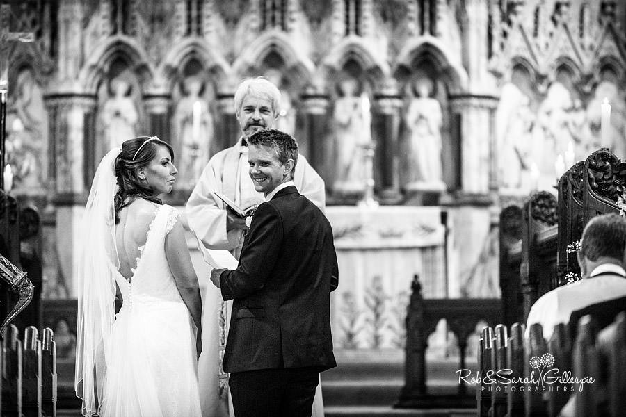 sherbourne-park-warwickshire-wedding-photograph-060