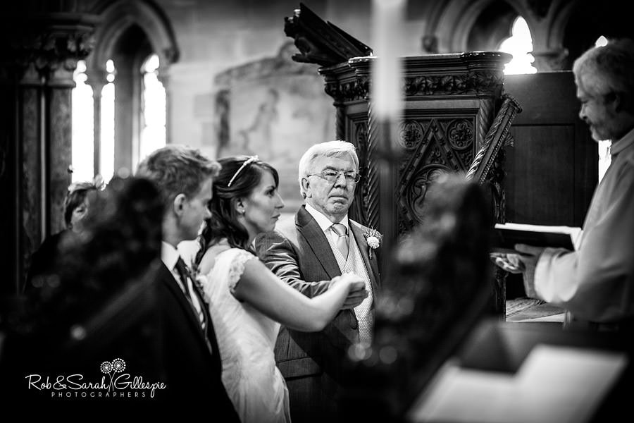 sherbourne-park-warwickshire-wedding-photograph-069