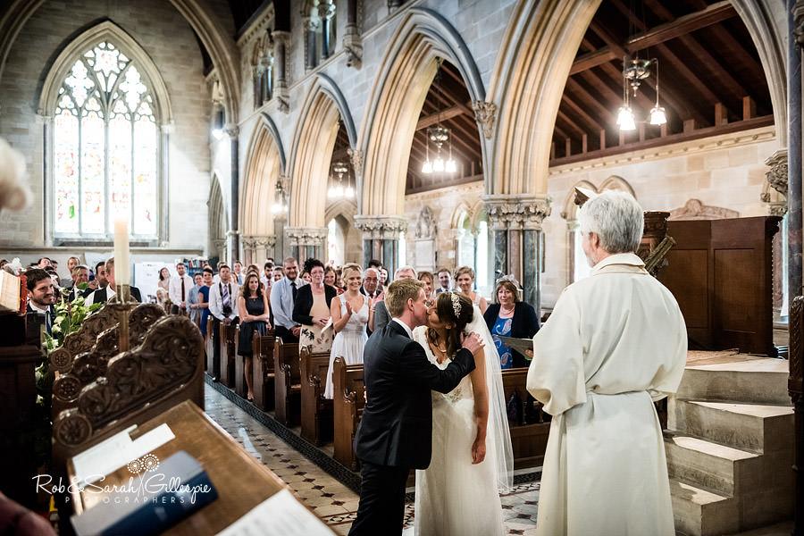sherbourne-park-warwickshire-wedding-photograph-076