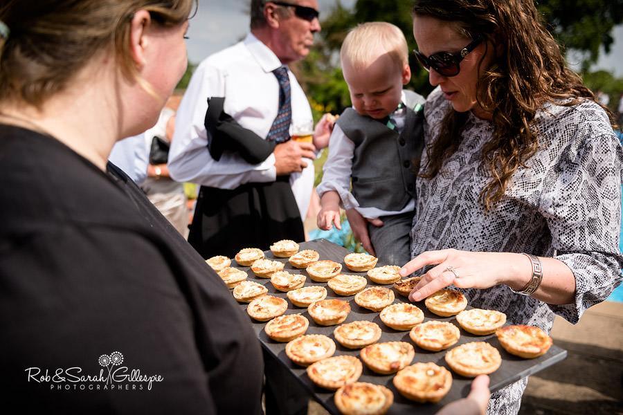 sherbourne-park-warwickshire-wedding-photograph-101