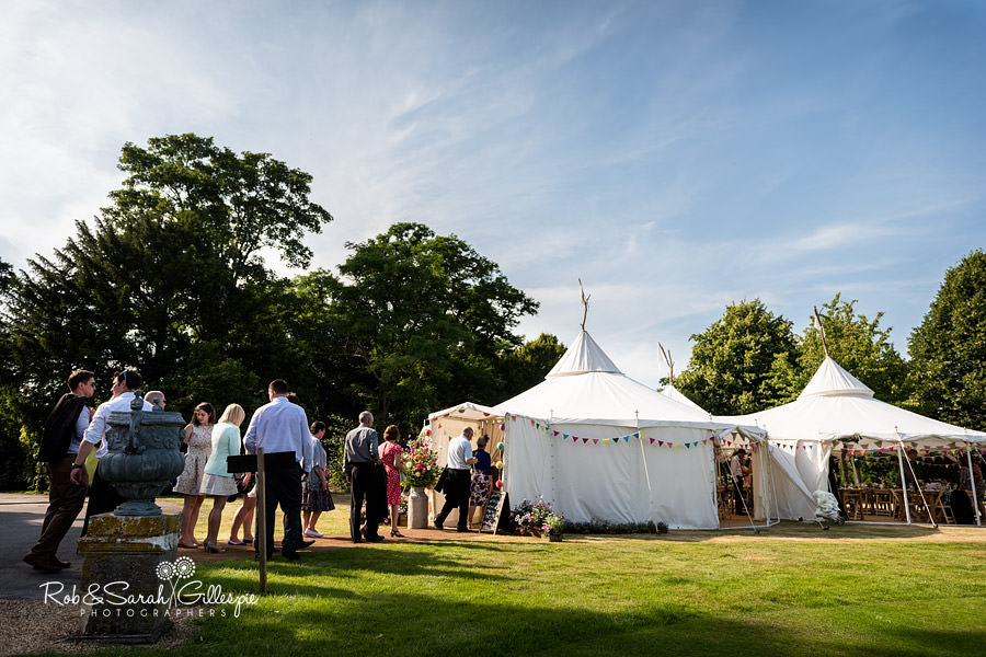 sherbourne-park-warwickshire-wedding-photograph-140