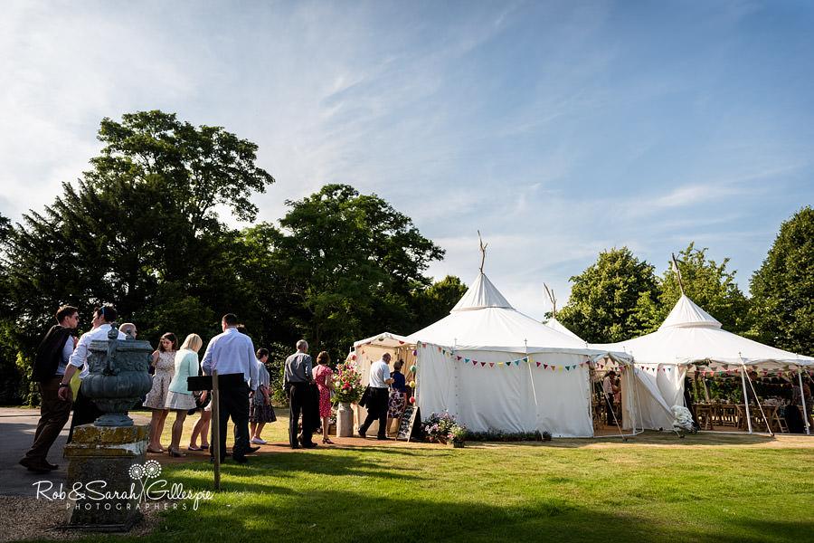 sherbourne-park-warwickshire-wedding-photograph-140