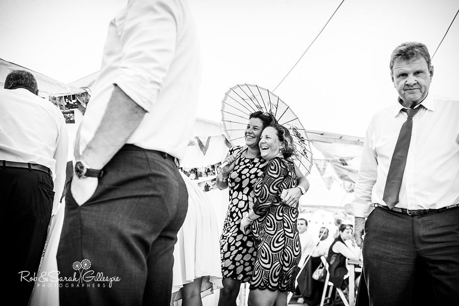 sherbourne-park-warwickshire-wedding-photograph-155