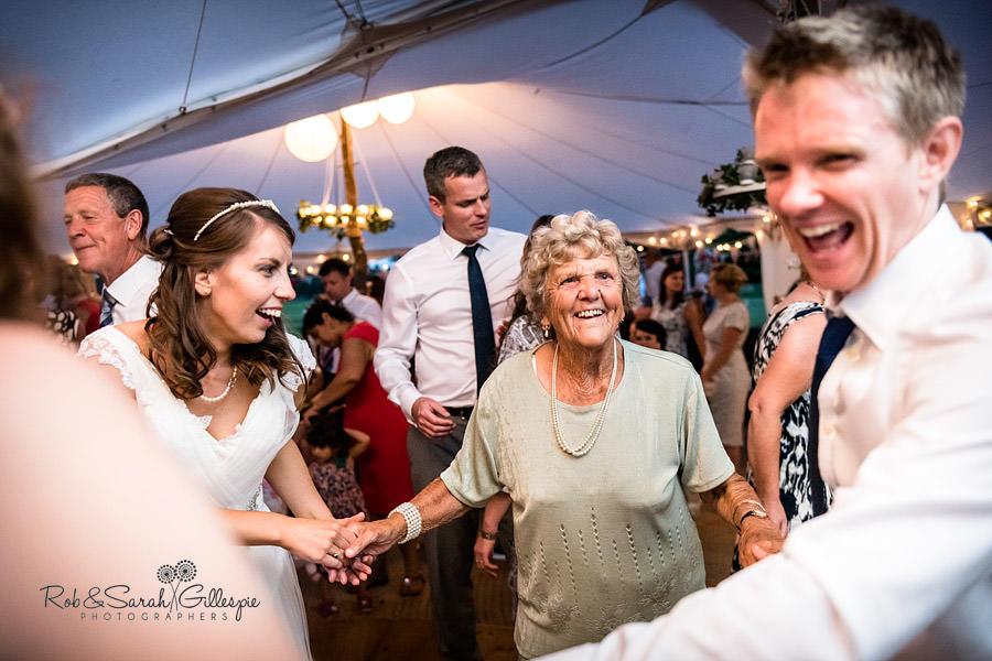 sherbourne-park-warwickshire-wedding-photograph-210