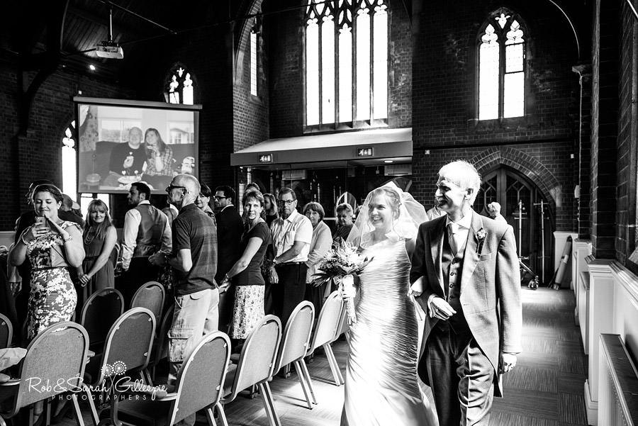 woodside-warwickshire-wedding-photography-035