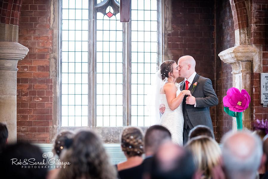 woodside-warwickshire-wedding-photography-038