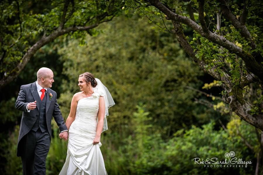 woodside-warwickshire-wedding-photography-056