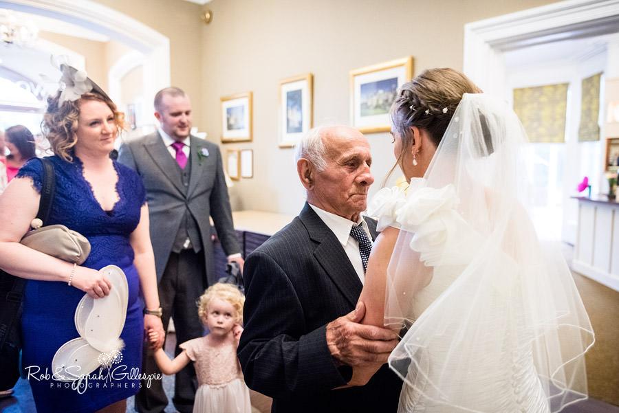 woodside-warwickshire-wedding-photography-074