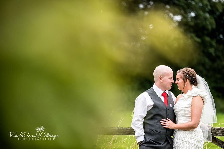 woodside-warwickshire-wedding-photography-098