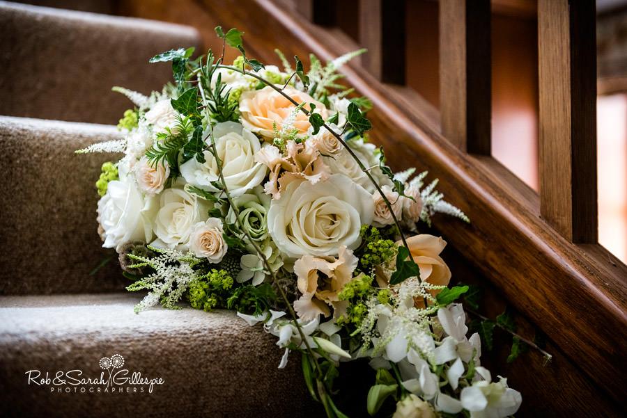elmore-court-wedding-photography-gloucs-011