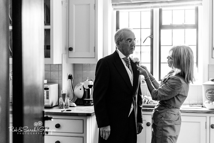 elmore-court-wedding-photography-gloucs-019