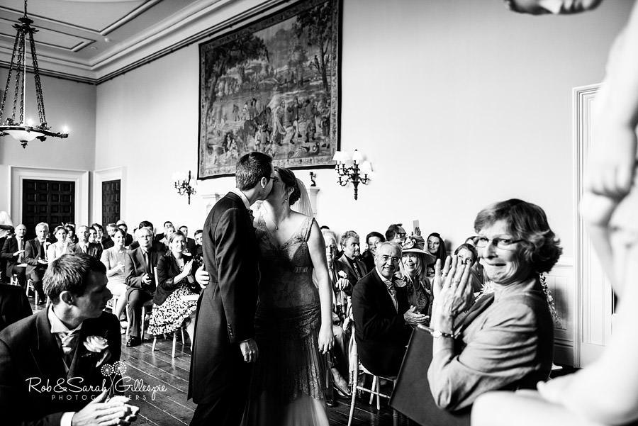 elmore-court-wedding-photography-gloucs-049