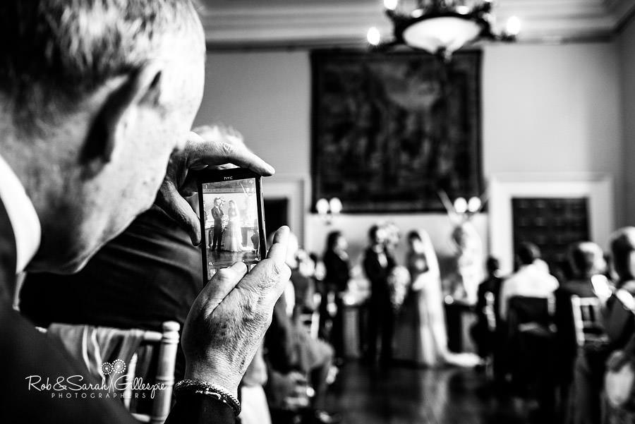 elmore-court-wedding-photography-gloucs-052
