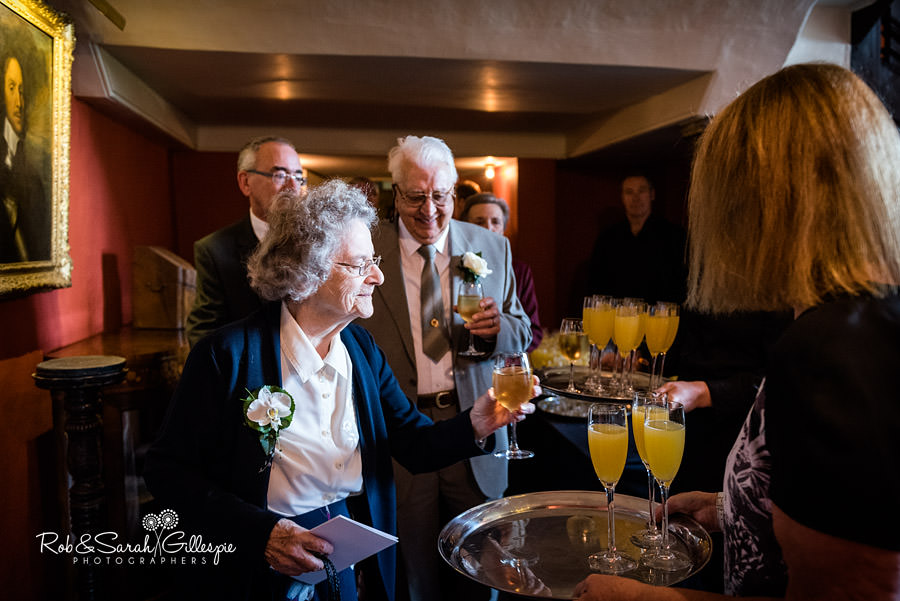 elmore-court-wedding-photography-gloucs-054