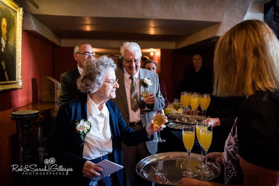 elmore-court-wedding-photography-gloucs-054