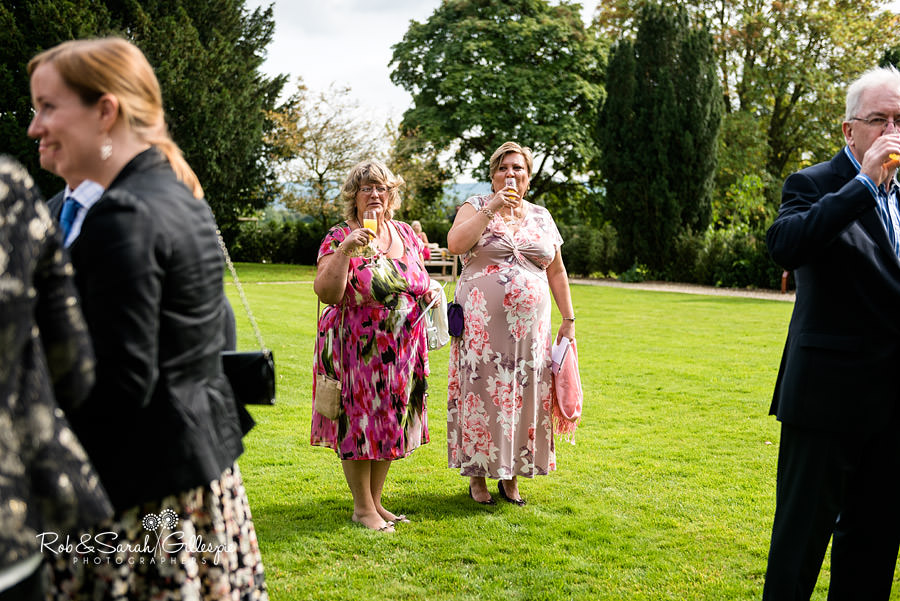 elmore-court-wedding-photography-gloucs-057