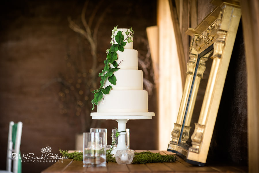 elmore-court-wedding-photography-gloucs-082