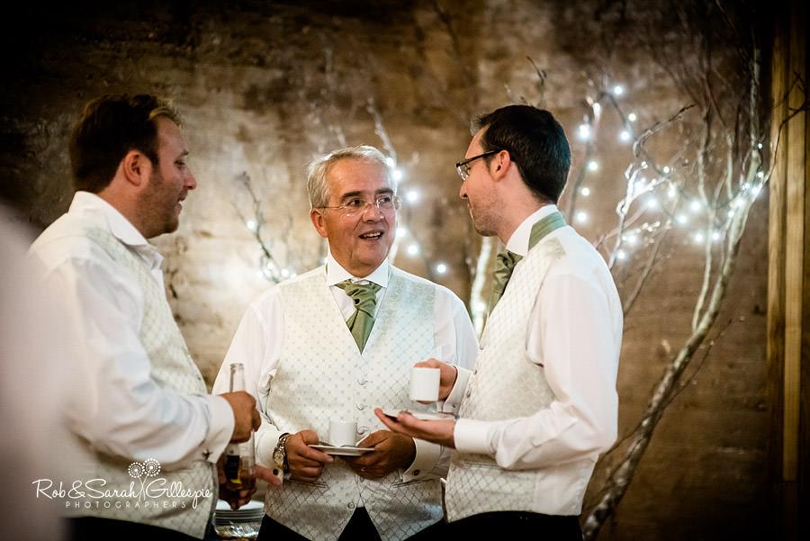 elmore-court-wedding-photography-gloucs-117