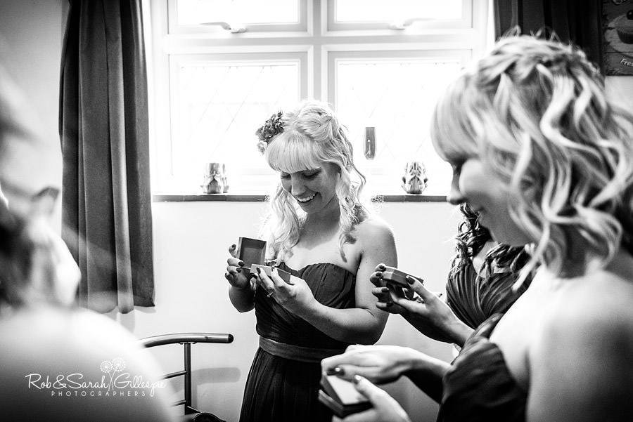 ardencote-manor-wedding-photographer-015