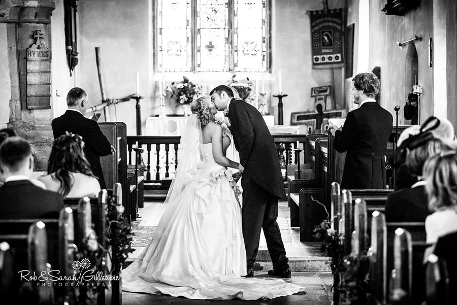 ardencote-manor-wedding-photographer-056