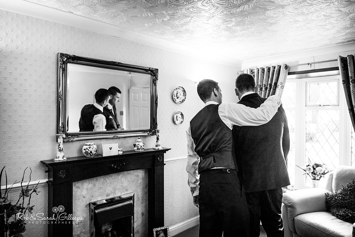 favourite-wedding-pictures-groom-nerves