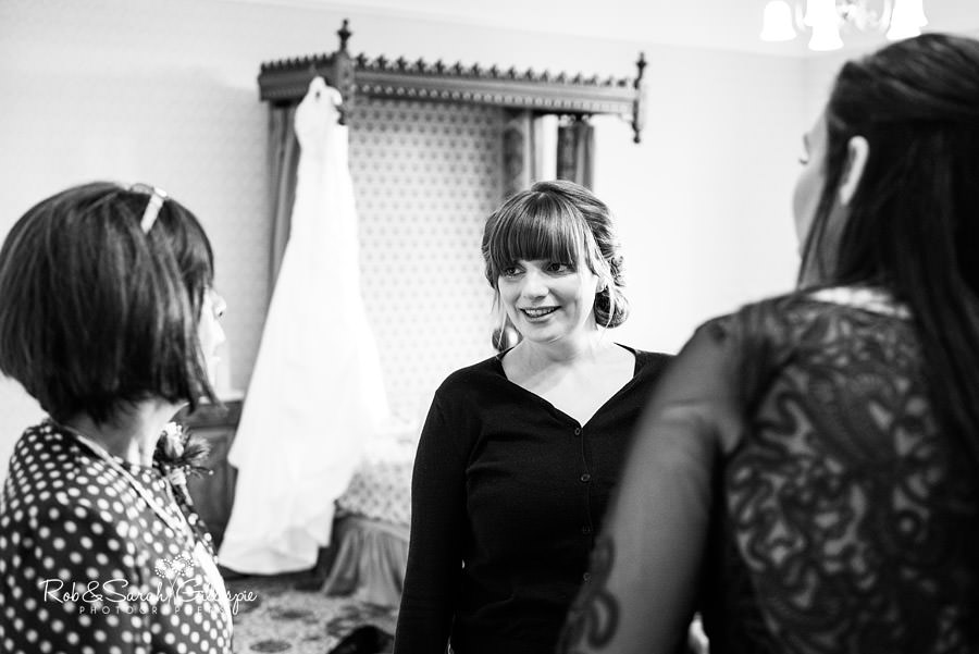 birmingham-highbury-hall-wedding-photographer-011