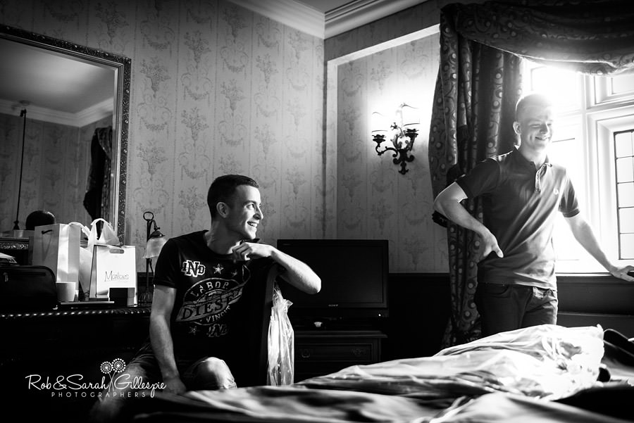 coombe-abbey-wedding-photographers-rob-sarah-gillespie-029