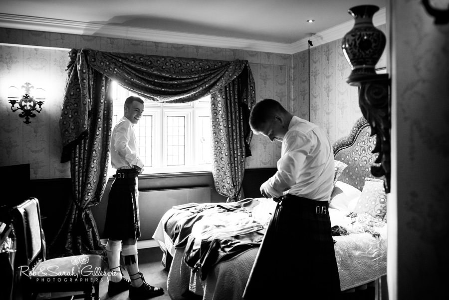 coombe-abbey-wedding-photographers-rob-sarah-gillespie-030