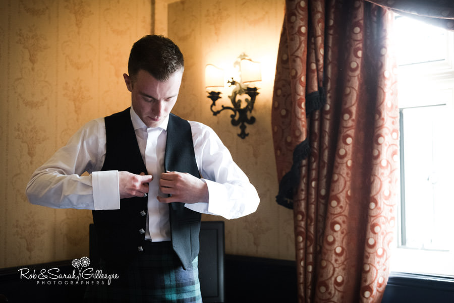coombe-abbey-wedding-photographers-rob-sarah-gillespie-032