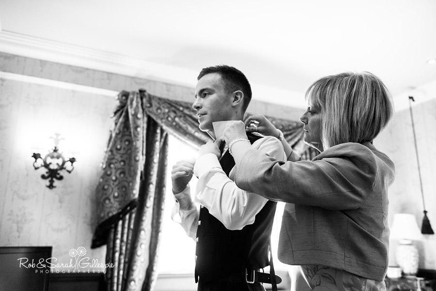 coombe-abbey-wedding-photographers-rob-sarah-gillespie-035