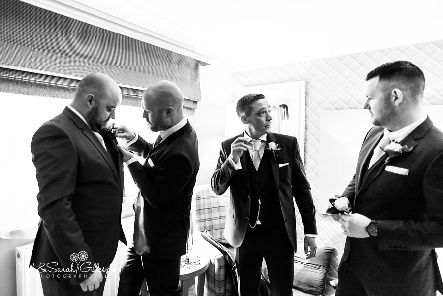 cripps-shustoke-barn-wedding-photographers-023
