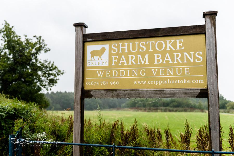 cripps-shustoke-barn-wedding-photographers-029