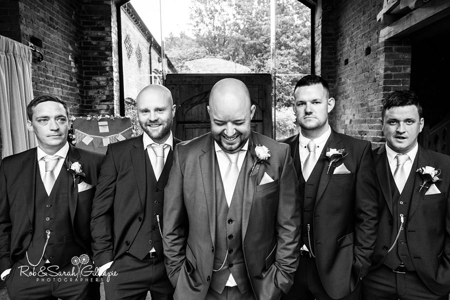 cripps-shustoke-barn-wedding-photographers-031