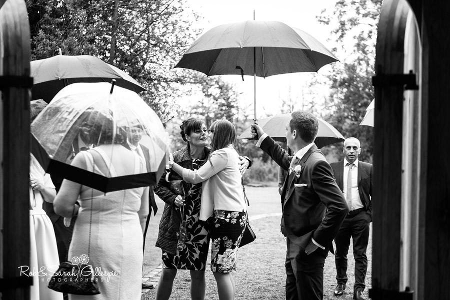 cripps-shustoke-barn-wedding-photographers-039