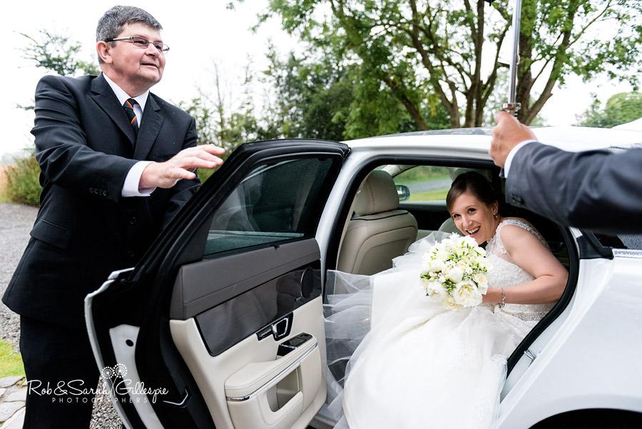 cripps-shustoke-barn-wedding-photographers-043