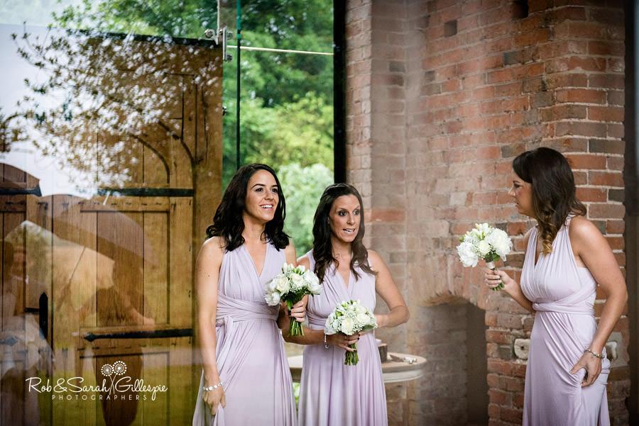 cripps-shustoke-barn-wedding-photographers-044