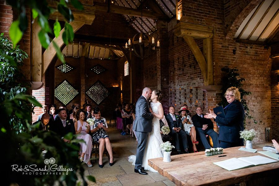 cripps-shustoke-barn-wedding-photographers-063
