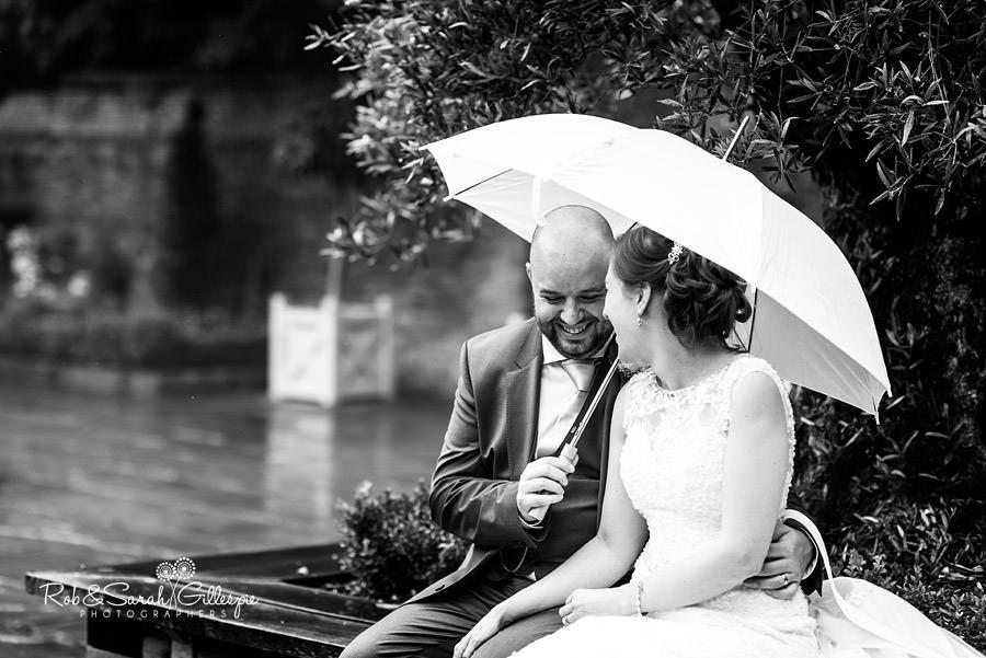 cripps-shustoke-barn-wedding-photographers-082