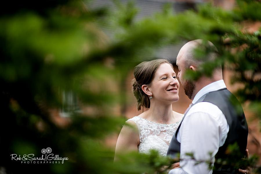 cripps-shustoke-barn-wedding-photographers-133