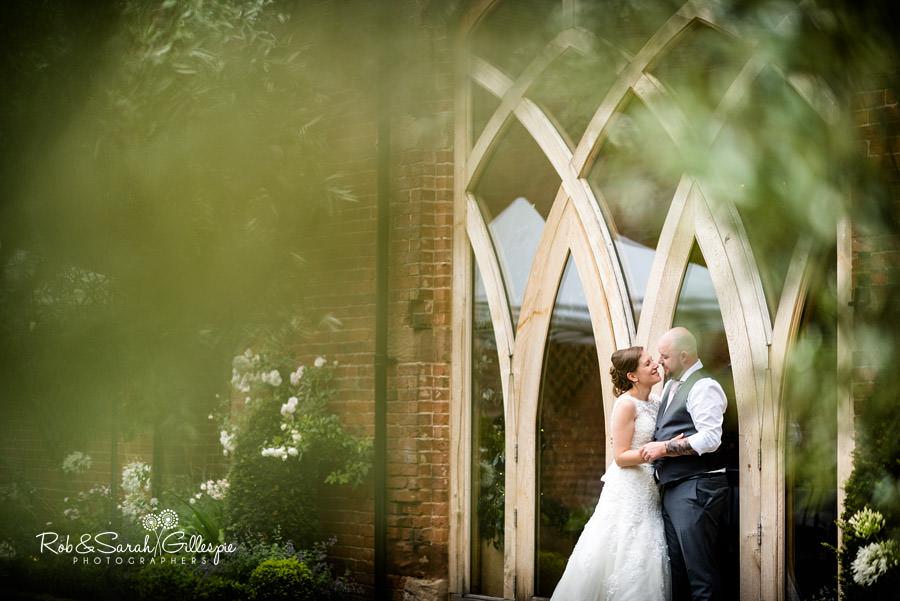 cripps-shustoke-barn-wedding-photographers-141