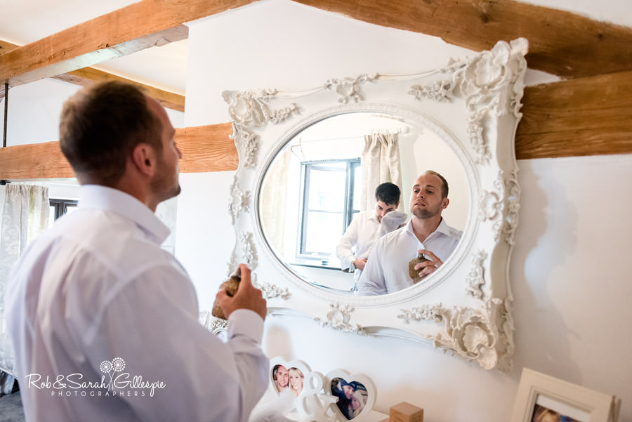 delbury-hall-coach-house-shropshire-wedding-photographers-004