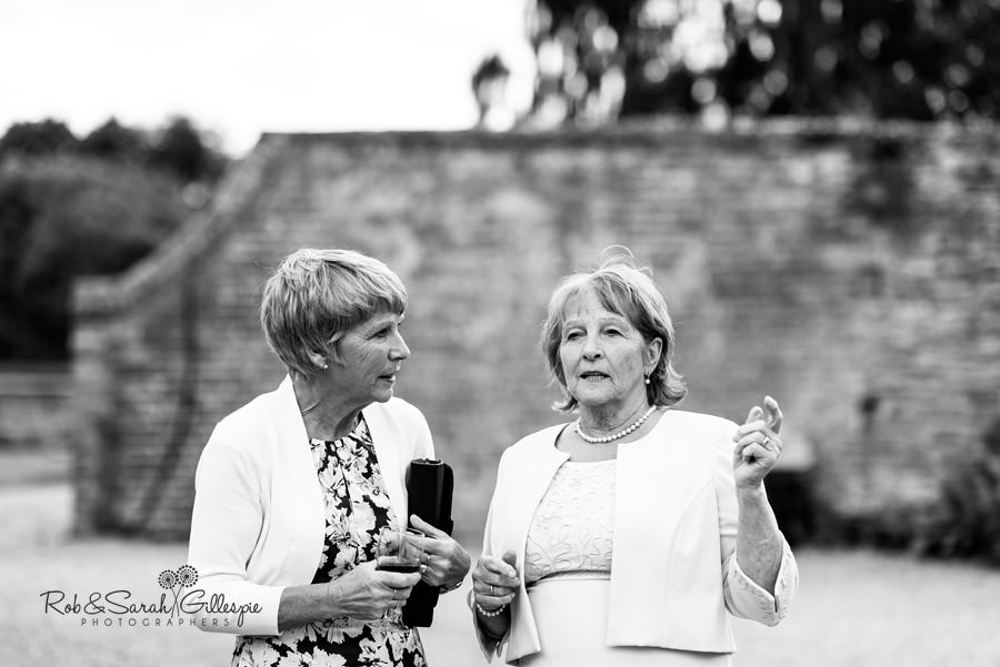 delbury-hall-coach-house-shropshire-wedding-photographers-165