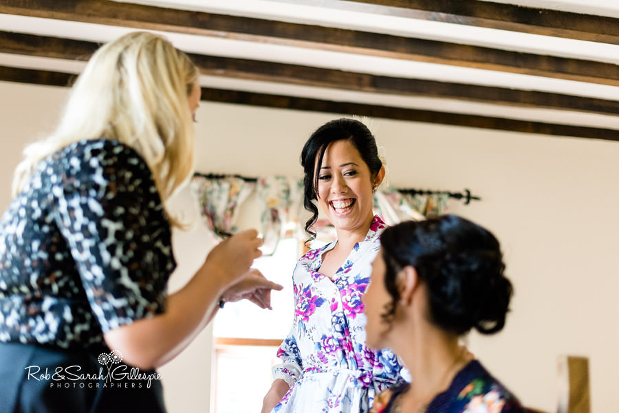 garden-party-wedding-photographer-warwickshire-009