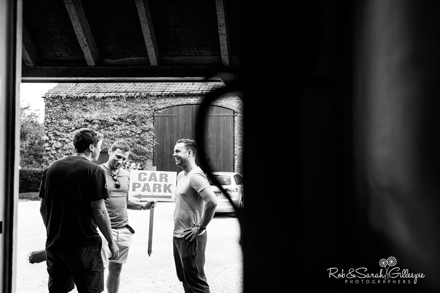 garden-party-wedding-photographer-warwickshire-026