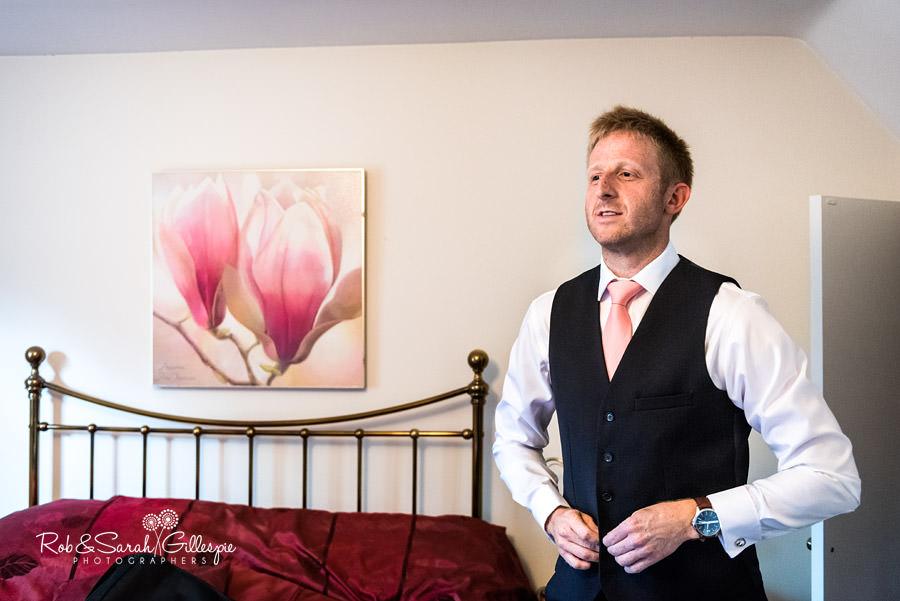 garden-party-wedding-photographer-warwickshire-031