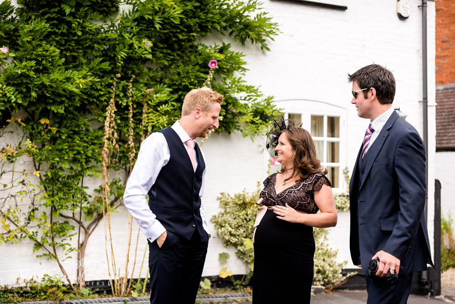 garden-party-wedding-photographer-warwickshire-038